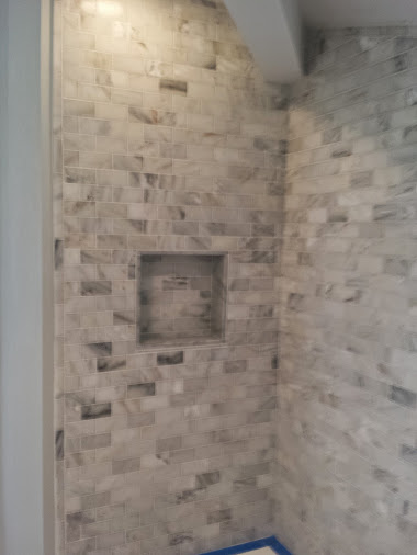 marble subway mosaic tile with niche